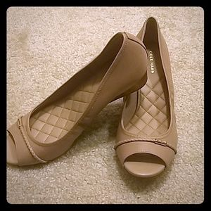 NWT Cole Haan Emory Leather Wedge Pump Size 8
